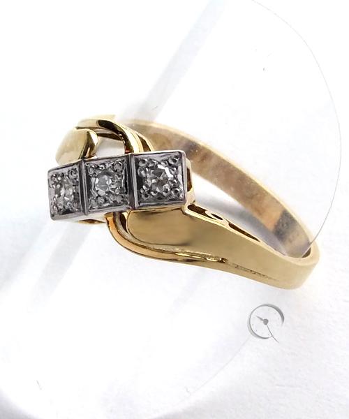 14ct Gelbgoldring mit 3 Diamanten