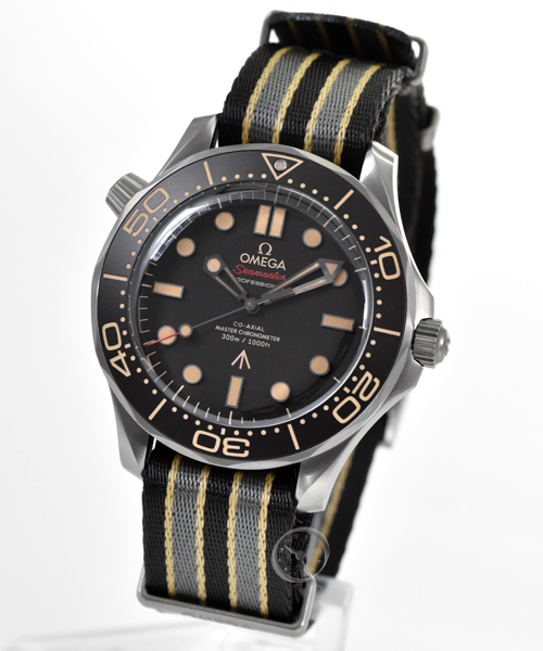 Omega Seamaster Diver 300M Master Co-Axial - 007 Edition