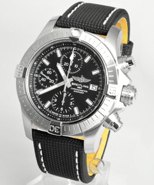 Breitling Avenger Chronograph 43 - 22,6% gespart!*