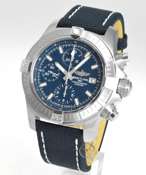 Breitling Avenger Chronograph 43 - 21,6% gespart*